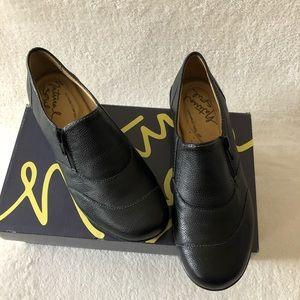 DSW Natural Soul All Thru Comfort black loafer